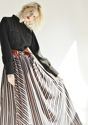 MANTECO-STRIPE TUCK MAXI SKIRT