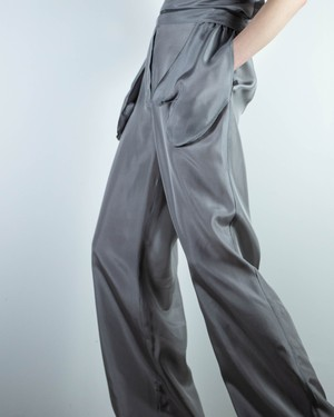 Halo Labels - silk pants with outside pockets