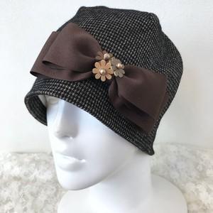 お花とリボンのケア帽子 茶ツィード