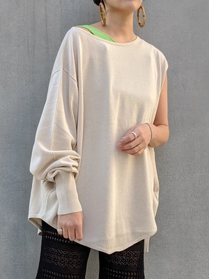Deformation Knit Tops - BEIGE