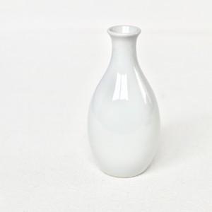 【KR073】九谷の白 徳利/ Kutani White Sake Bottole / Showa Era