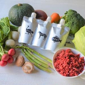 冷凍【NAAF Premium Food】野菜とダチョウのブイヨン【必ず注意文を読んでからご購入ください。冷凍商品のみでお会計をお願いします。】