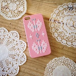 クロスステッチの iPhone5ケース(ちょうちょ・ピンク)