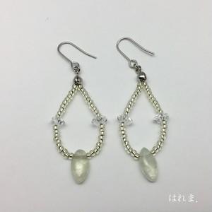 プレナイト・水晶 ピアス