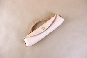 JAPAN LANSUI DESIGN 名入れ対応 ヌメ革手作り ペンケース 品番5666SDG