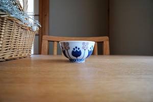 砥部焼/お茶碗(小)/チューリップ/皐月窯