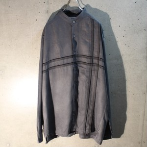 Fake suede design band collar shirt