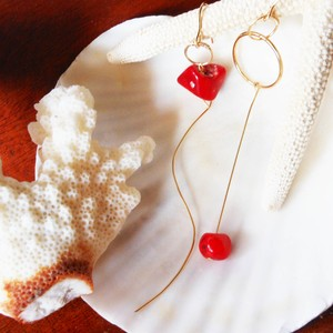 ◇red coral◇14kgf「chunk of reef」ロングピアス