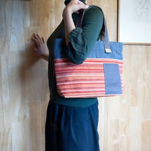 Sサイズ ファスナー付・丈夫なソファ生地製 ホリゾンタルトートバッグ (17113)