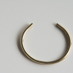 SIMPLE BANGLE MIDDLE<UNISEX>
