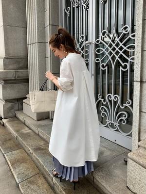 back button shirt  onepiece / white  (即納)