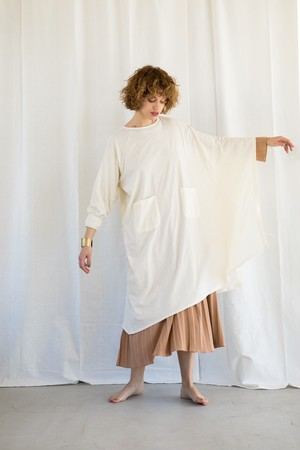 KiiRA キーラ COTTON ASYNMMETRY PONCHO OP