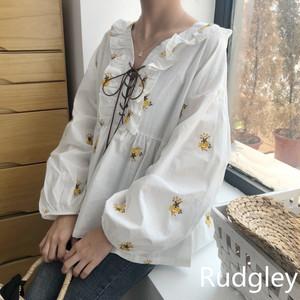 韓国ファッション花の刺繍 ネクタイVネック シャツ長袖 シャツ カジュアル