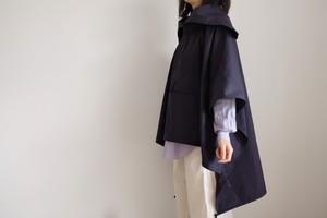 春の新作・セーラーカラーのアノラックポンチョ / コットン 【 紺 】 / sailor collar anorak poncho/ cotton 【 navy blue 】