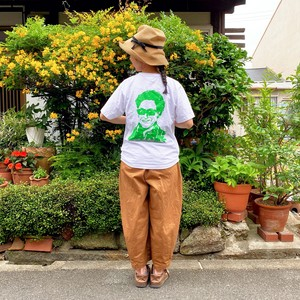 「How are you?」Tシャツ