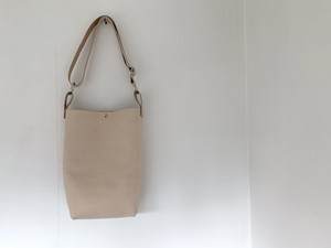 f-20le0006o frasco compact shoulder tote bag