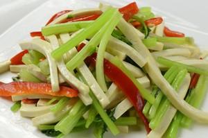 中国セロリと乾燥豆腐の炒め
