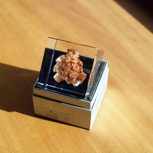 鉱物のキューブ/ウサギノネドコ