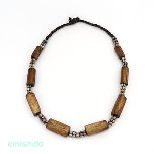 ナガ族。ネックレスの原点。数珠玉と骨のネックレス 0107-RG63