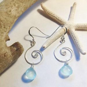 NALU *Sea Blue Chalcedony シルバーピアス
