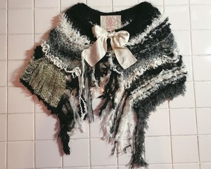 camouflage mohair knit cape BLACK