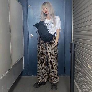 【マユみさん着用】ゼブラ柄・ワイドレッグパンツ