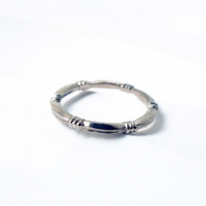 Layered Ring / Knot Ring (WG)