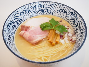 【麒麟児】鶏そば(塩) ラーメン