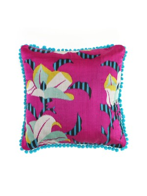 POMPOM CUSHION COVER - magenta lily