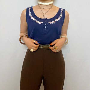(PAL) flower embroidery sleeve less tops
