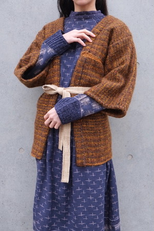 sanshoku knit jacket.