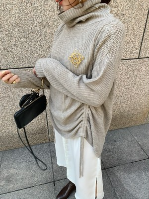 turtle neck shirring knit / beige (即納)