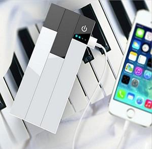 JUCK ピアノモチーフモバイルバッテリー ( 2ポート 大容量 モバイルバッテリー) iPhone&Android対応 (13000mah, 白黒)