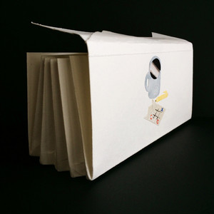 紙ナプキン風の蛇腹ファイル