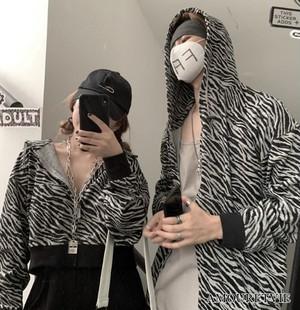 ジャージ ブルゾン ジャケット カーディガン しましま ゼブラ柄 アウター カジュアル ストリート ユニセックス ピープス オルチャン 韓国ファッション 1602