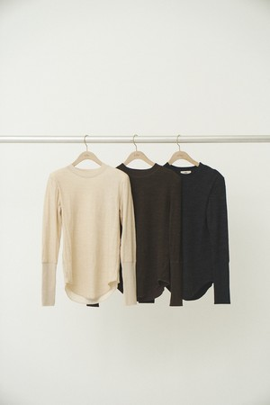 Uhr ウーア Wool Power Shoulder LS Tee