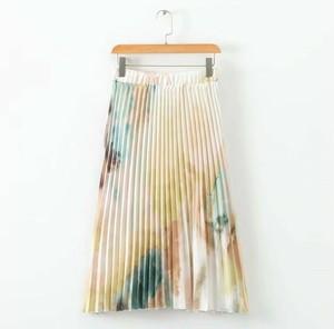 ヨーロッパスタイルのハイウエストプリーツスカート