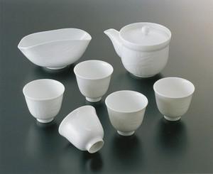 No.55-C【井上萬二窯作】白磁笹彫文茶器(宝瓶)