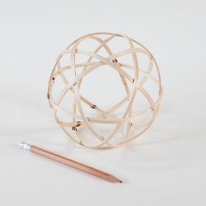曲輪の球体 小(5寸)【曲輪スツール発売記念・限定特別価格】