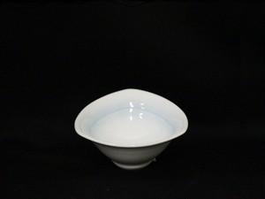 【井上康徳作】白磁青釉三角形 鉢(小)