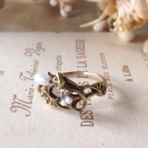Pearl Flower Ring 《Antique Gold》