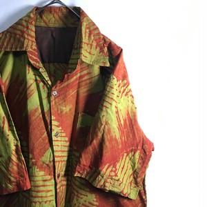 (2)柄シャツ