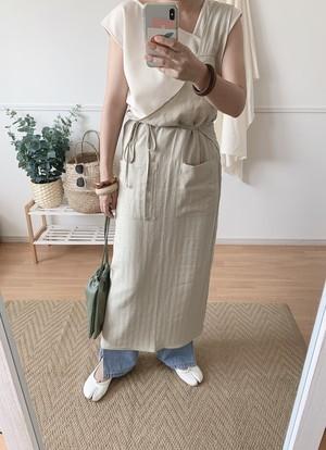 oneshoulder apron onepiece