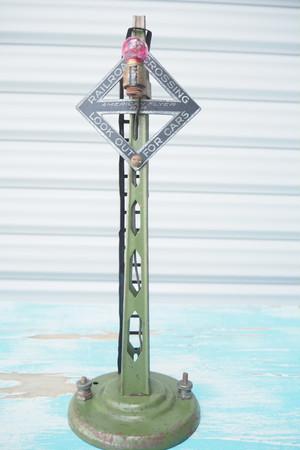品番K-043 USA鉄道踏切塔 手作り品