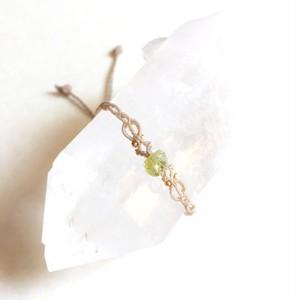 ペリドット macrame bracelet