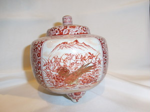 九谷香炉 高栄 作 Kutani porcelain incense burner(No4)