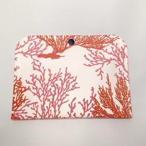 【一点ものにつき無くなり次第終了】T's gallery original カードが仕分けしやすいバッグインバッグ ハワイアンハンドメイド ピンクサンゴ