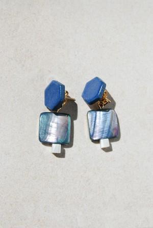 ピアス: [2WAY]シェル & 特製陶製タイル [群青] 「深海の風景」