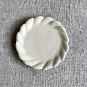 石岡信之| 白ふくふく6寸皿