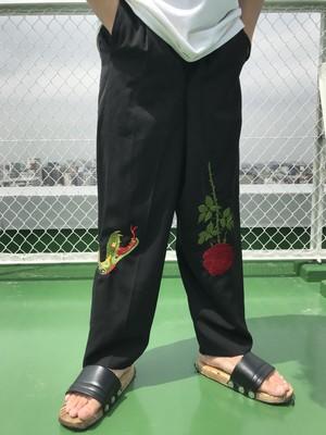 Snake rose needlework slacks